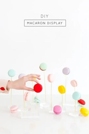 DIY macaron display - Sugar & Cloth