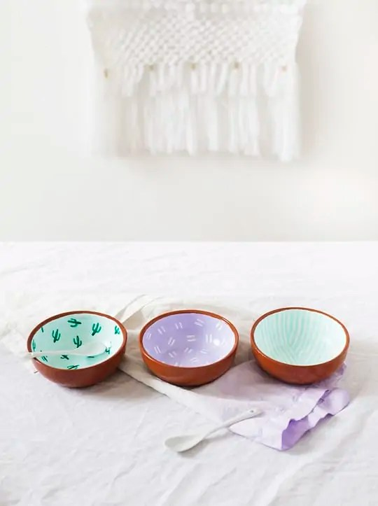 DIY Fancy Fiesta Pattern Bowls from Sugar & Cloth [Weekly Round-Up at High-Heeled Love]