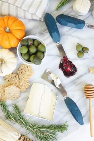 DIY Cheese knives - Sugar and Cloth