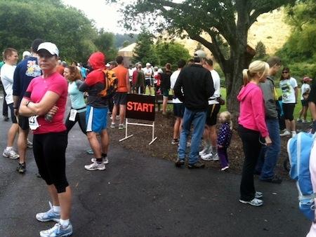0604start Lake Chabot 5K and Half Marathon