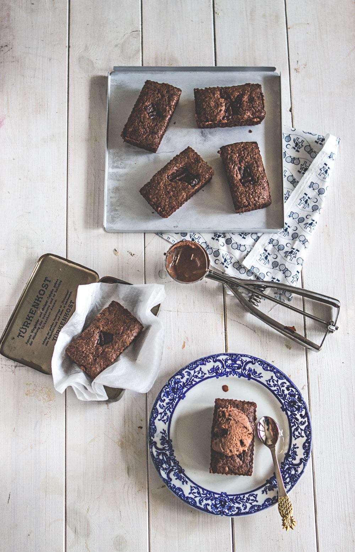 chocolate spelt cake recipe  | Sugar Thumb