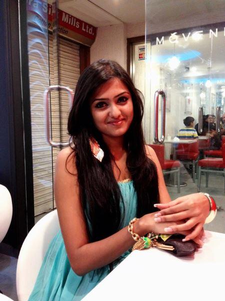 DJ Sonica: Bangladeshi Hot Diva Biography and HD Wallpapers