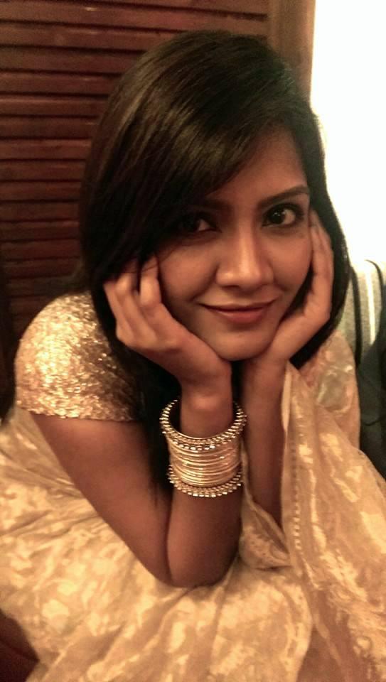 RJ Maria Nur Bangladeshi Model Presenter Biography Photos
