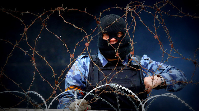 ukraine-barbed-wire