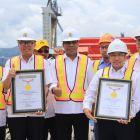 Pekerjaan Layang Jembatan Holtekamp Dilanjutkan Setelah Mendapat Persetujuan dari Komite Keselamatan Konstruksi