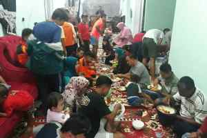 Mastilizal Aye Ajak Tim Kuranji Makan Balanjuang Rayakan Masuk Final Minangkabau Cup 2018