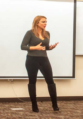 Lara Logan speaks to Professor Erin Reser's communications class. Photo by Megan Logan.