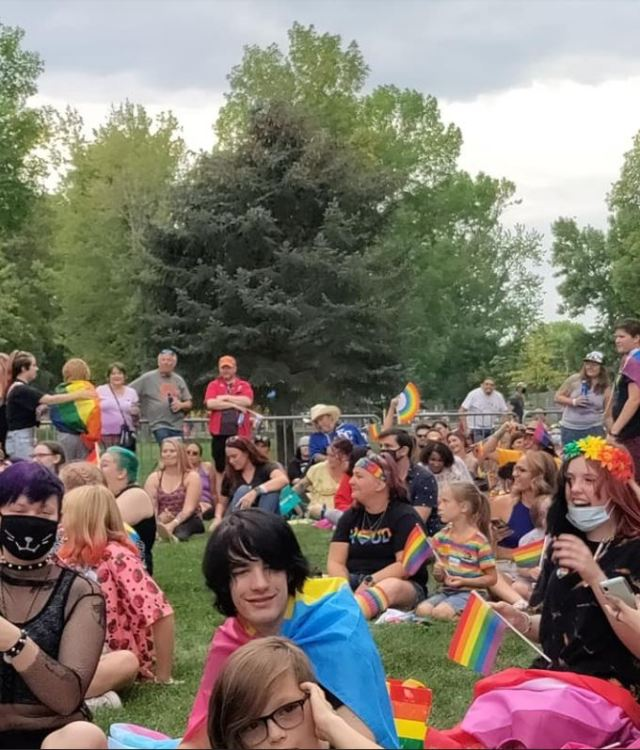 A group of viewers wait for the family-friendly drag show to begin.