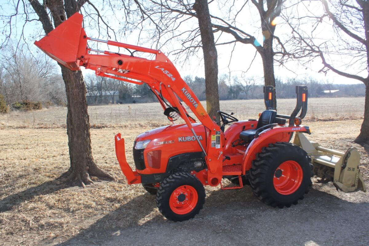 Preferential Kawasaki Kubota Ztr Guns S Property Auctions Archives Sundgren Realty Inc Tractor Supply Hours Wichita Ks Tractor Supply Locations Wichita Ks bark post Tractor Supply Wichita Ks