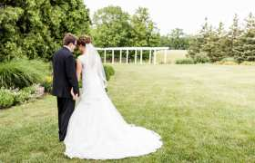 Joe + Amy { Frankenmuth Wedding }