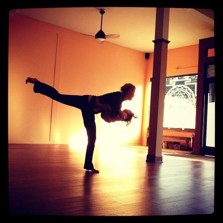 kelly connor sunrose yoga// mama-baby yoga// mandala pdx
