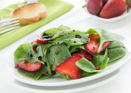 spinach strawberry