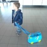 Cinque giochi da fare in aereo o in treno con i bambini