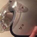 水を弾かなくなったヘルメットのシールドのお手入れ方法