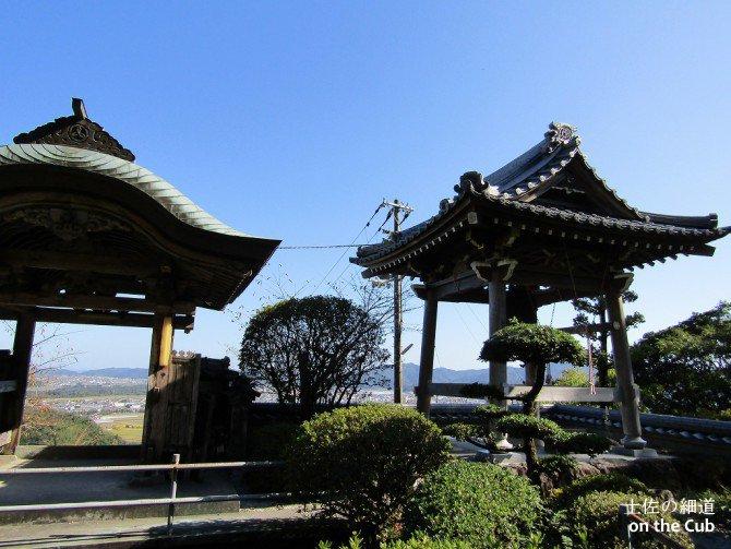 高台のお寺ってのは良いですね