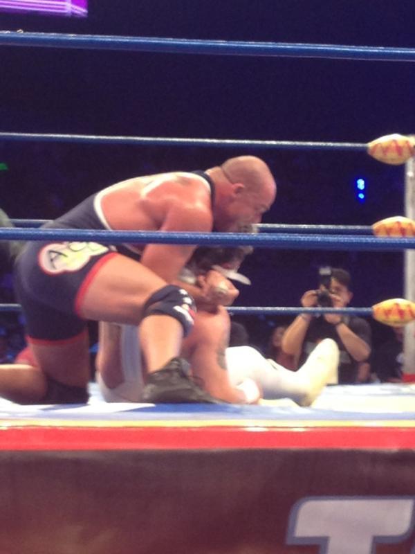 Kurt Angle en Triplemania XX - Image by @totalmenteleo