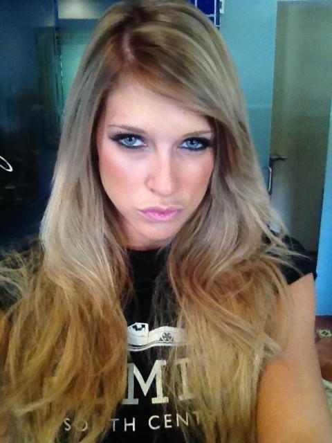 Barbie Blank dice adiós a su apariencia de Kelly Kelly - imagen por twitter @TheBarbieBlank