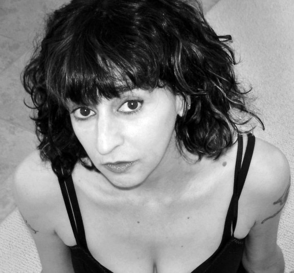 kim addonizio essay review Kim addonizio's poem, what do women want' explores the risk that women have of being stereotyped by employing the literary devices of imagery.