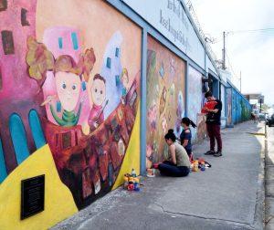 UCR Ramonenses celebran la poesía con murales por todo el canton