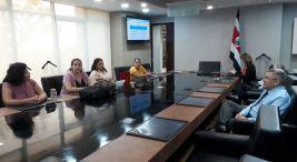 Mujeres que participan en Territorios Seguros logran financiamiento de su empresa3