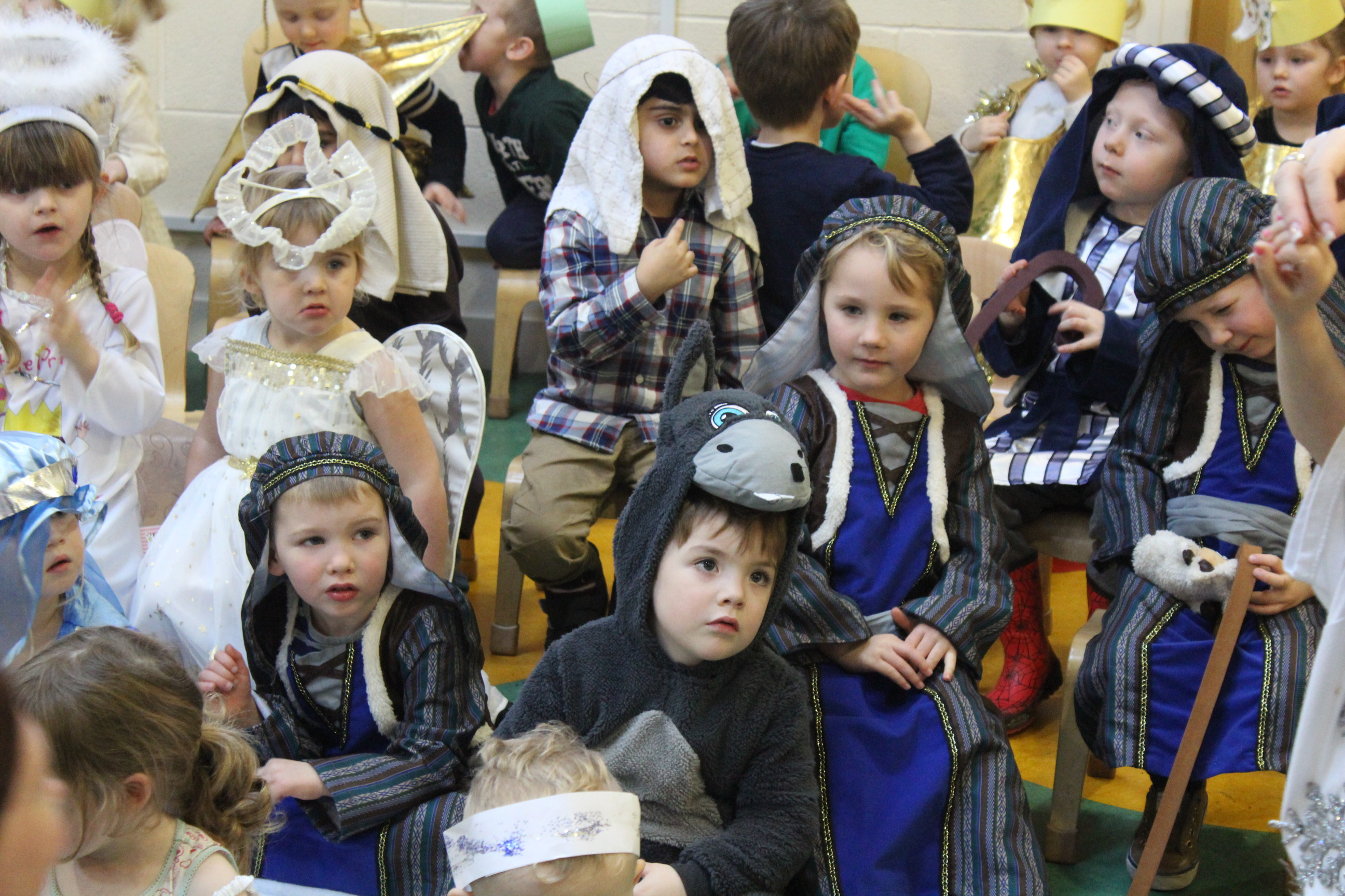 nursery-nativity-friday-16-12-16-16