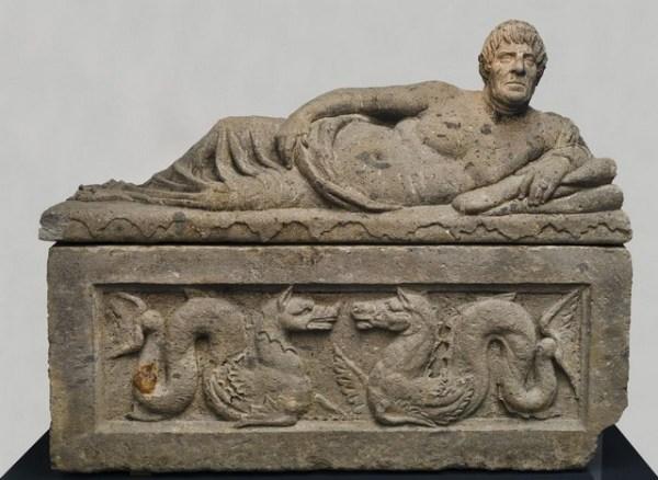 Dacii si etruscii - formatorii culturii europene