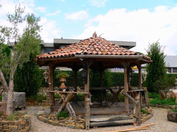 despre-case-din-lemn-vechi-mester-Danut-Hotea-case-rustice-din-lemn-4