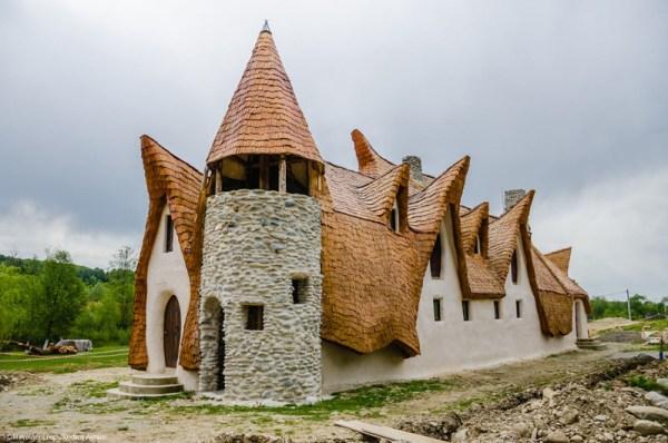 Castelul de lut Valea Zanelor Porumbacu de Sus 13
