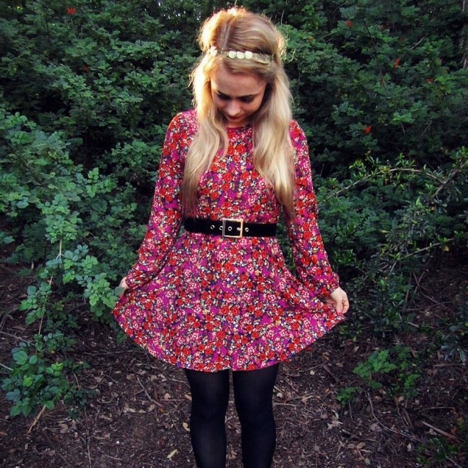 sustainable daisy thrifted floral red pink babydoll dress ecofashion environmental ethical fashion valentine's day