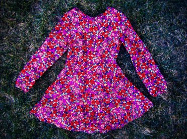 sustainable daisy thrifted floral red pink babydoll dress ecofashion ethical fashion valentine's day