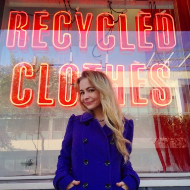 thrift shop tips by sustainable daisy