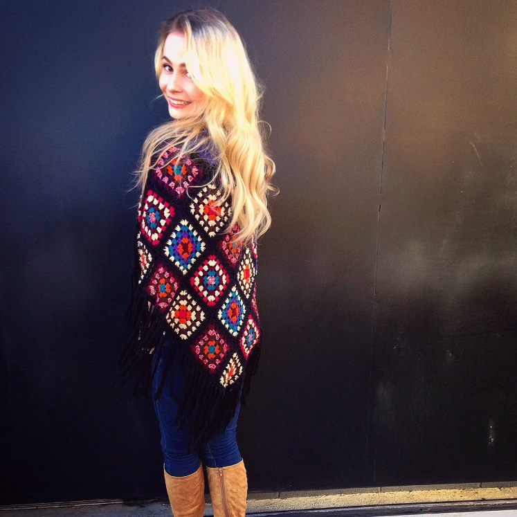 sustainable daisy poncho sustainability ecofashion eco-friendly fashion ethical blogger