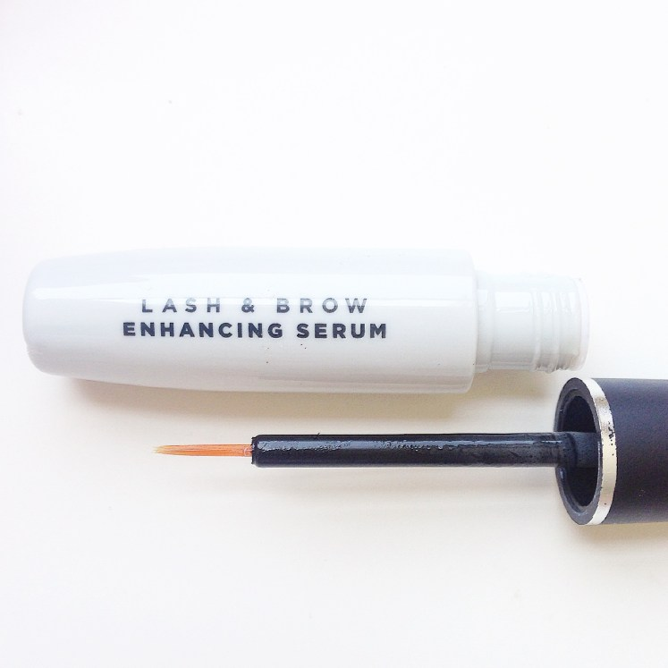 natural eyelash enhancer eye lash growth nontoxic serum healthy follicles natural beauty blog blogger ecofriendly sustainable review