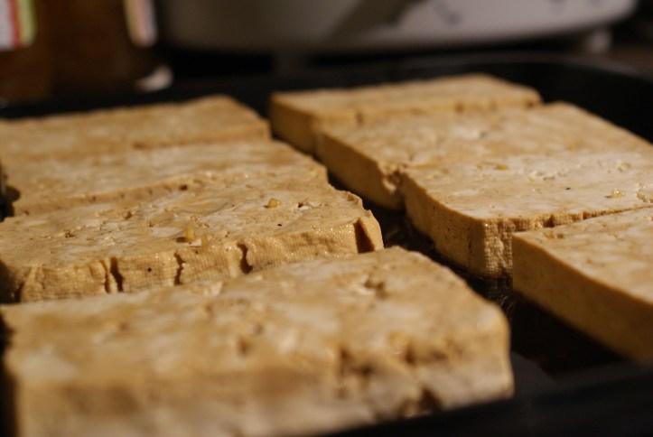 Recipe| Susty Meals Baked Tofu Quinoa and Peanuts