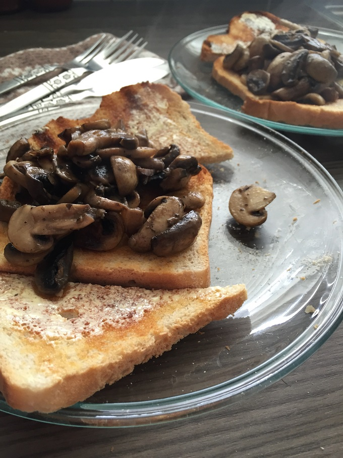 Mushrooms on Toast - Susty Meals - the sustainable and ...