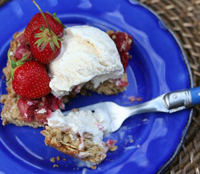 Farmer's Market Strawberry Rhubarb Crumble