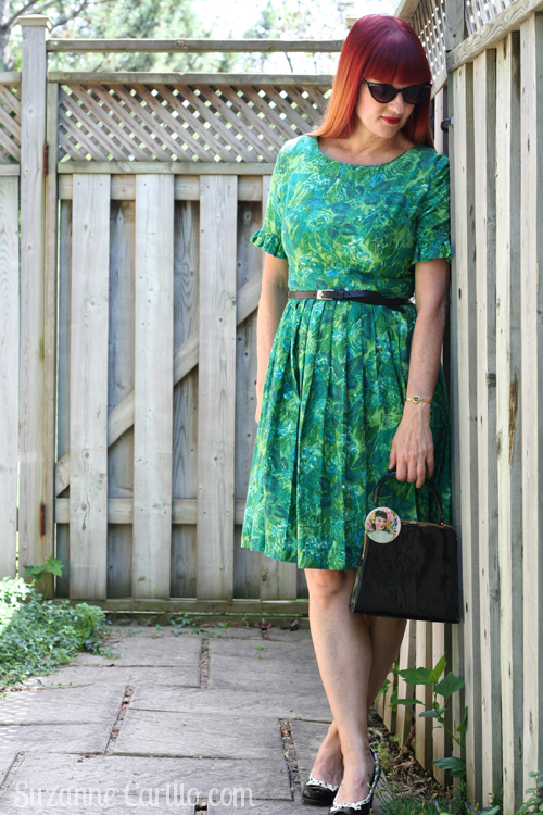 how to wear vintage over 40 suzanne carillo style for women over 40