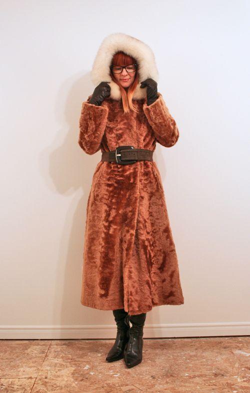 Vintage coat estate sale find estate sale shopping tips