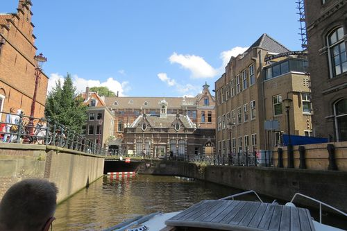 Amsterdam canals beautiful buildings suzanne carillo style files