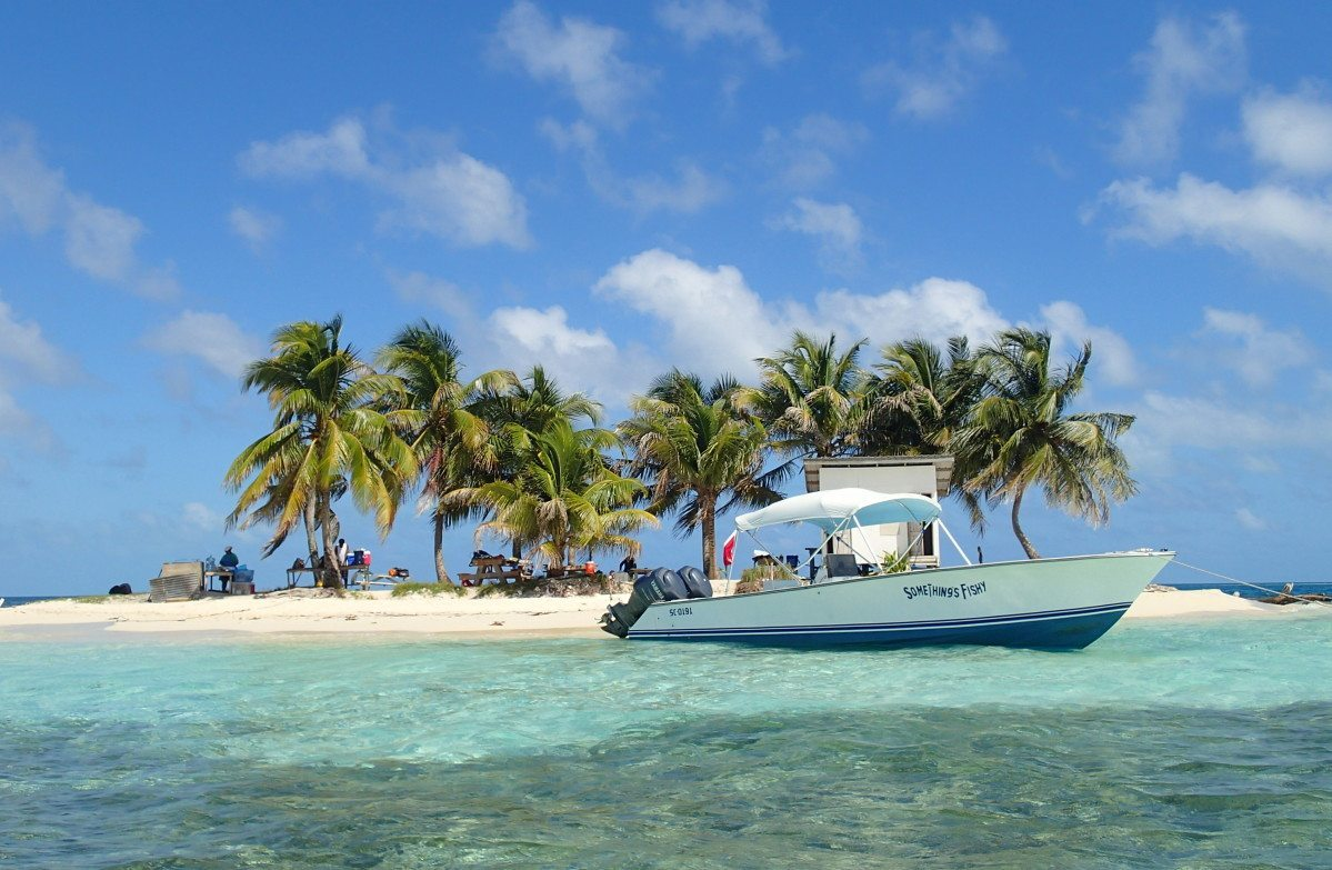 Silk Cayes snorkeling photography in Belize