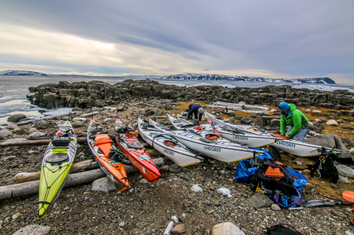 8 kayaks racked up outside the cabin, who would have thought there would be so many kayakers on Nordaustlandet?