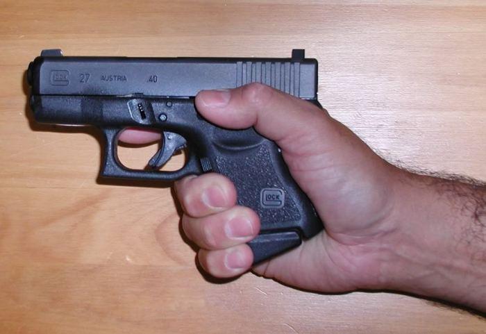wpid-Glock27inhand.jpg