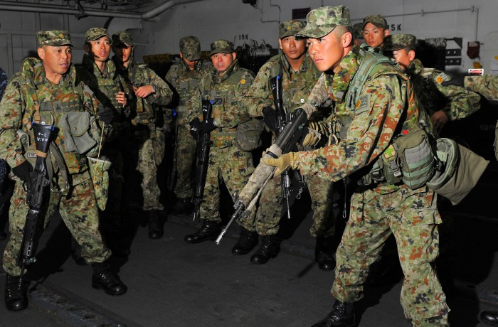 US_Navy_120208-N-KB563-104_Members_of_the_Japan_Ground_Self-Defense_Force_conduct_small_arms_weapons_training_aboard_the_amphibious_assault_ship_US