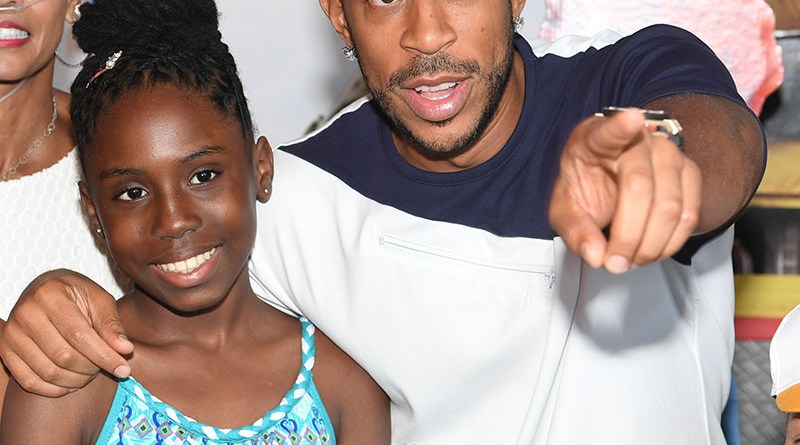 """ATLANTA, GA - SEPTEMBER 03:  Actor/rapper Chris """"Ludacris"""" Bridges attends the """"Storks"""" private screening hosted by The Ludacris Foundation & Unspoken Angels at Regal Cinemas Atlantic Station on September 3, 2016 in Atlanta, Georgia.  (Photo by Paras Griffin/Getty Images for Warner Bros.) *** Local Caption *** Chris """"Ludacris"""" Bridges"""