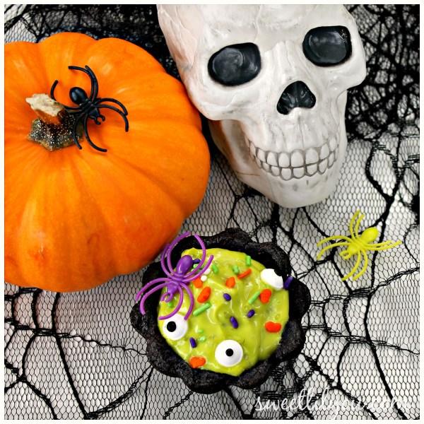 Fun Halloween cookie cauldron treats Halloween Dessert