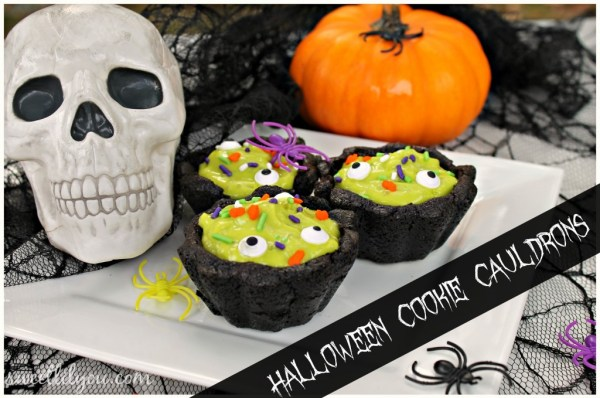 Halloween Treats! Cookie Cauldrons with Tapioca pudding! Halloween Dessert