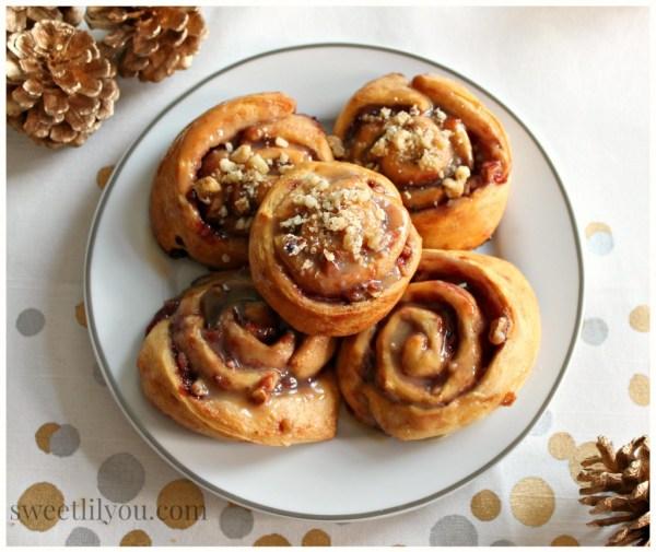 Peanut Butter & Jelly Roll pinwheels PB&J Pinwheels #HolidayAdvantEdge #ad