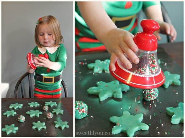 Sprinkle Bell cookies #northpolefun #ad