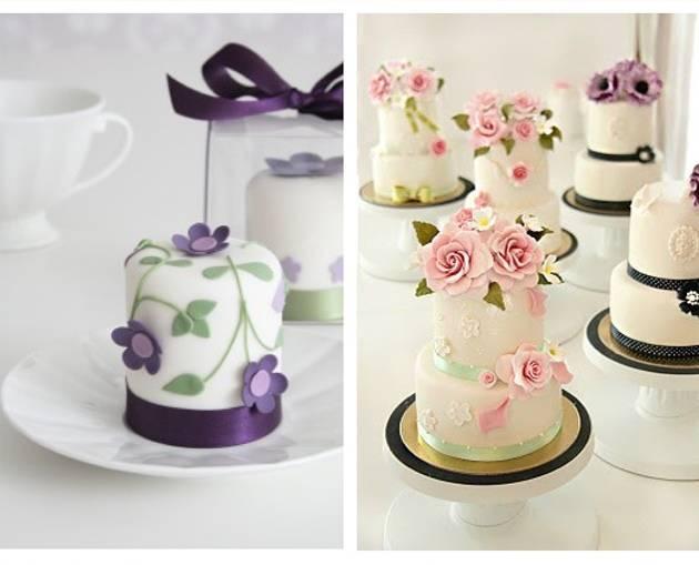 purple mini cake