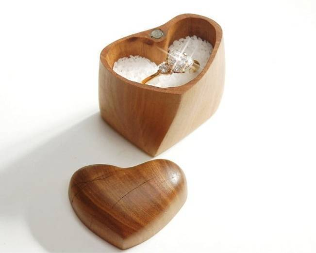 Unique engagement ring boxes for Heart shaped engagement ring box